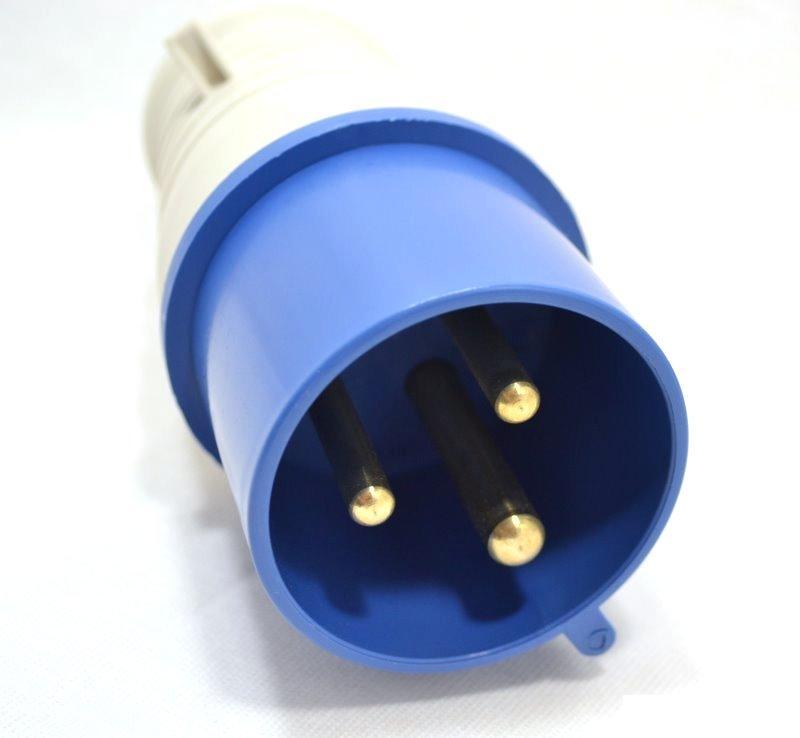 Вилка кабельная Iek 23 2p+pe