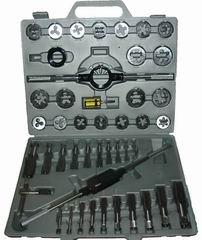 Набор метчиков и плашек в пластиковом кейсе, 45 предметов Skrab 33895 набор метчиков и плашек 40шт кобальт 010301 40