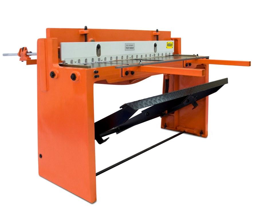 Гильотинные ножницы Stalex Q01-1.5х1320 электромеханическая гильотина stalex gm 1000 1 5