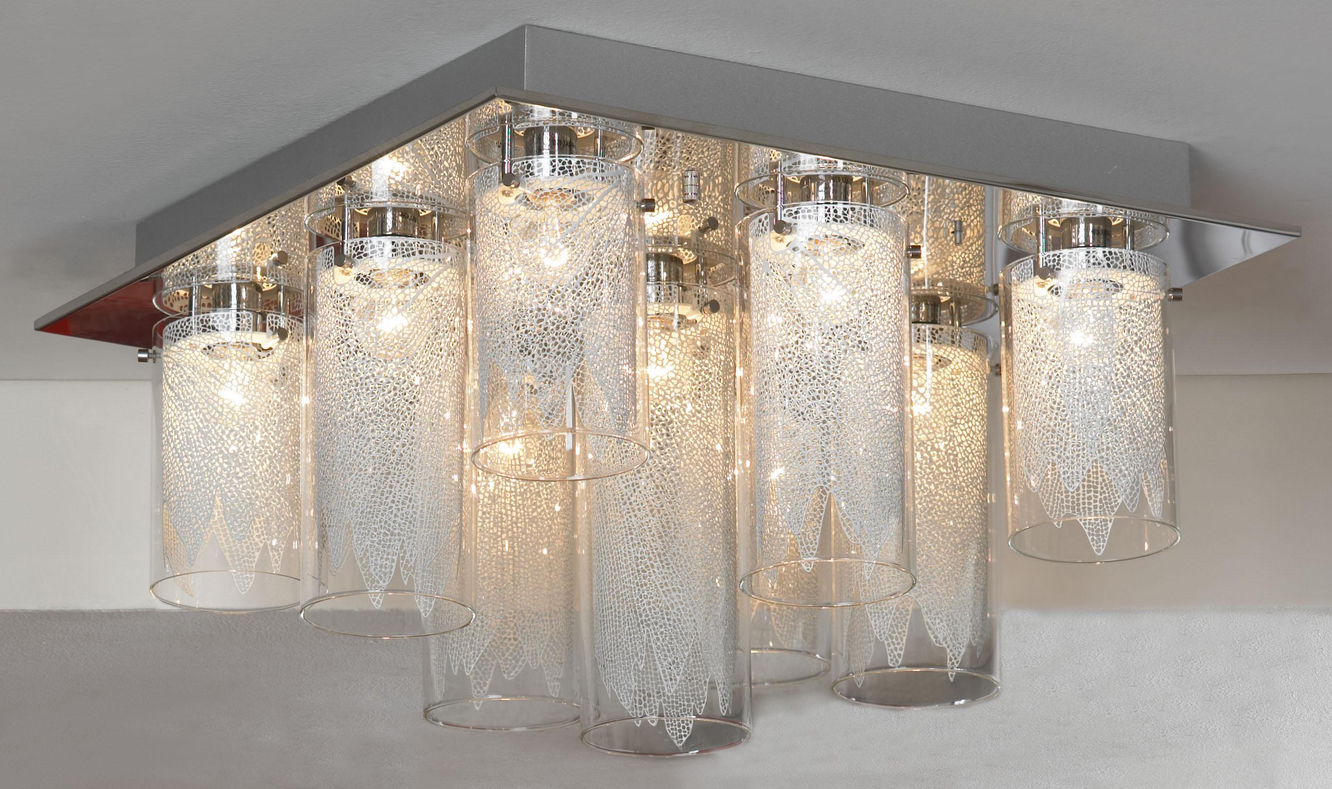 Люстра LussoleЛюстры<br>Назначение светильника: для гостиной,<br>Стиль светильника: модерн,<br>Тип: потолочная,<br>Материал светильника: металл, стекло,<br>Материал плафона: стекло,<br>Материал арматуры: металл,<br>Длина (мм): 340,<br>Ширина: 540,<br>Количество ламп: 9,<br>Тип лампы: накаливания,<br>Мощность: 40,<br>Патрон: Е14,<br>Цвет арматуры: хром<br>
