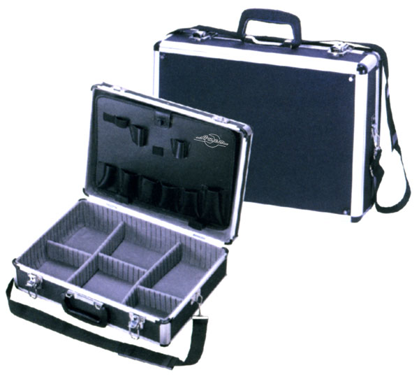 Кейс AistЯщики и кейсы<br>Назначение: для ручного инструмента,<br>Форм-фактор: ящик(кейс),<br>Длина (мм): 460,<br>Ширина: 340,<br>Высота: 160<br>