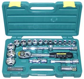 Набор инструментов в чемодане, 22 предмета Aist 409122b