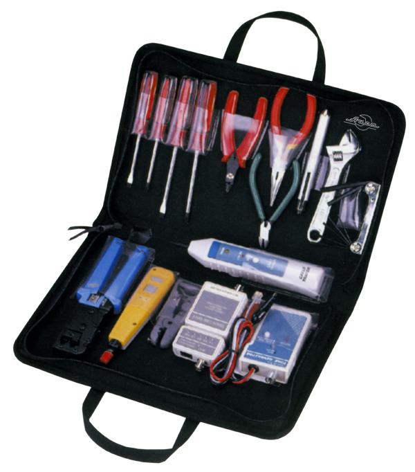 Набор инструментов в чемодане, 16 предметов Aist 703005-m ключ разводной truper pet