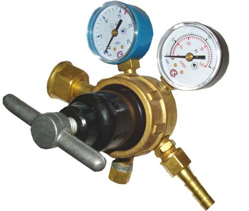 Регулятор БАМЗ АР-40-2 регулятор давления топлива спорт ауди 100 2 3 е