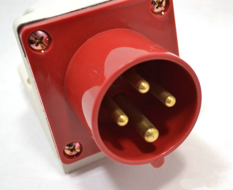 Вилка кабельная Iek 515 3p+pe+n k1359 2sk1359 to 3p
