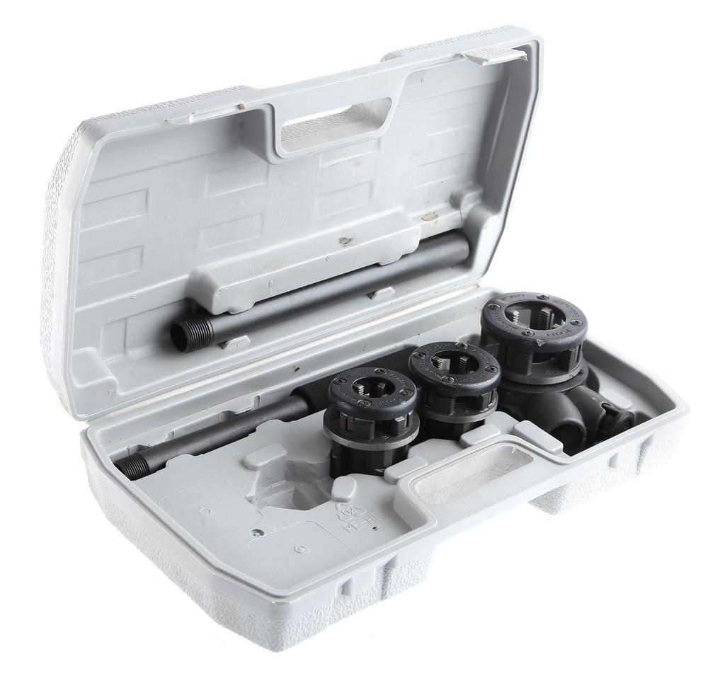 Набор инструментов Stayer 28260-h3 набор резьбонарезной трубный stayer professional 28260 h3