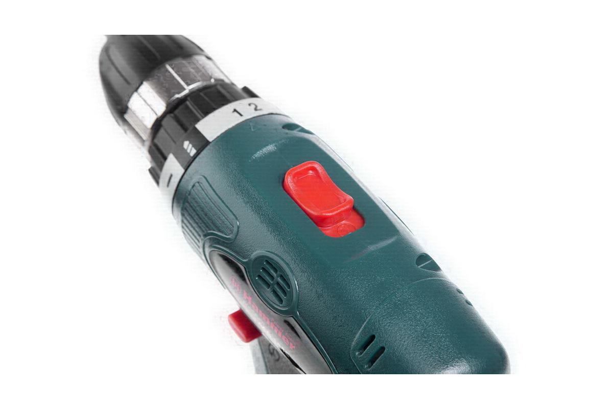 Аккумулятор: 14.4 В Емкость аккумулятора: 1.5 Ач Тип аккумулятора: NiCd Обороты: 0-350/0-1200 об/мин Тип...