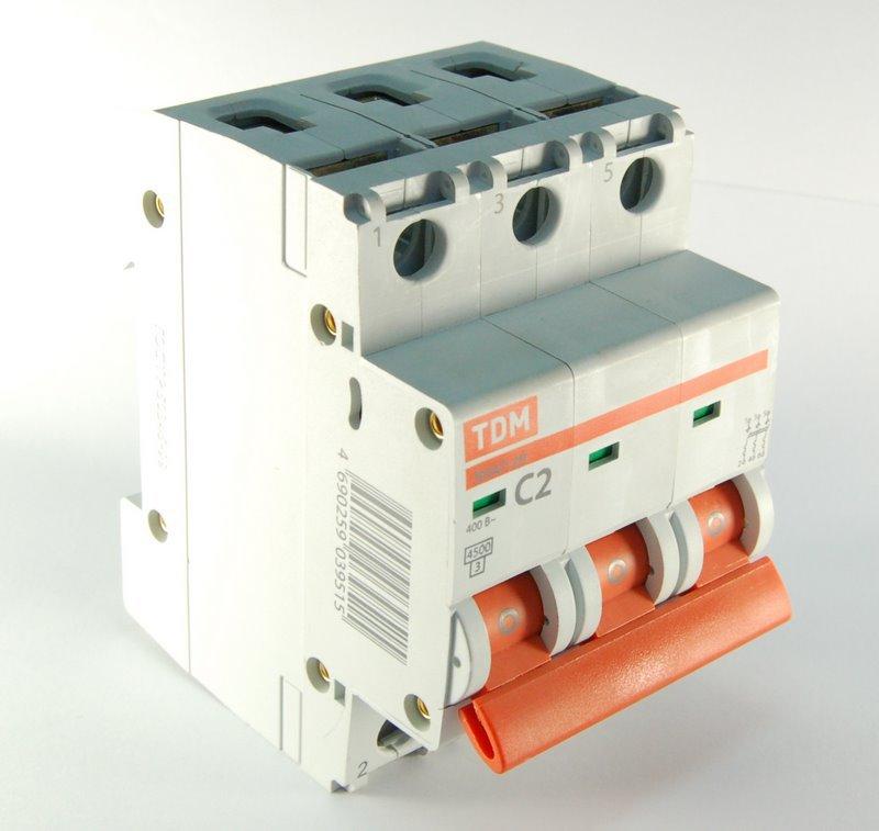 Автомат Tdm Sq0206-0033 автомат tdm sq0206 0030