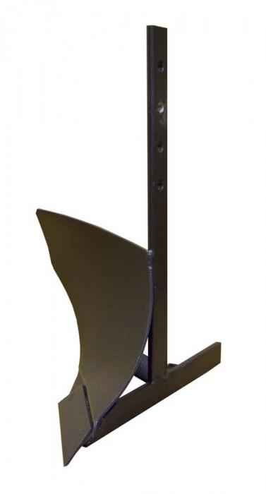 цена на Плуг Champion C3005