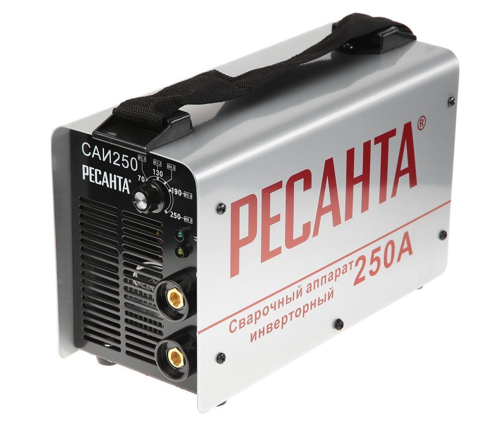 Сварочный инвертор РЕСАНТА Инвертор сварочный САИ 250 в кейсе инвертор сварочный ресанта саи 190к 190а
