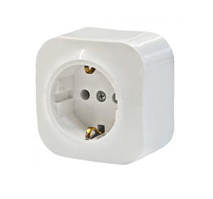 Розетка Legrand 1-местная  ОП с заземлением 16А quteo белая выключатель legrand 1 клавишный оп 10ах quteo слоновая кость