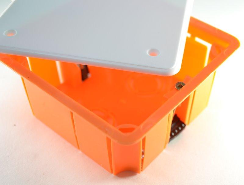 Коробка распаячная Greenel Ge41022